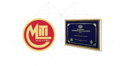 awards-12.png